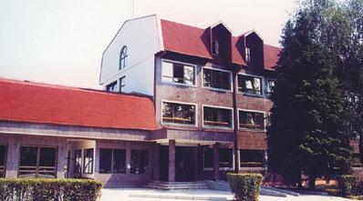 "Verwaltungsgebäude des Unternehmens ""Elektrodoboj"" in Doboj"