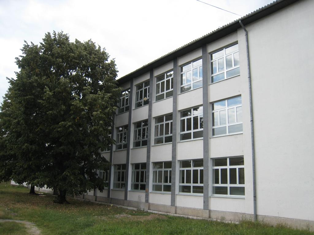 Landwirtschafts- und Medizinschule in Brcko
