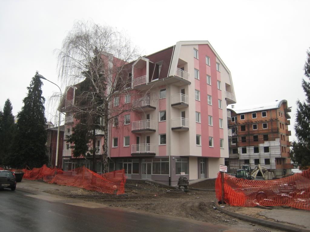 """Wohn- und Geschäftsobjekt """"Progres"""" Doboj"""