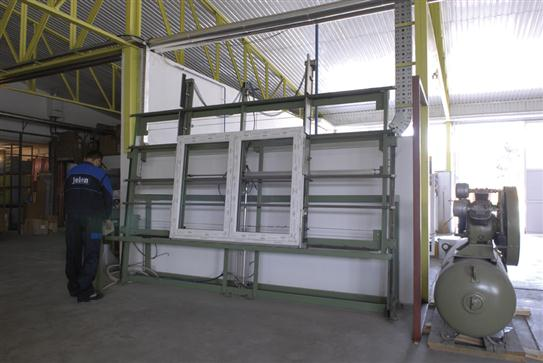 Table automatique pour traitement de fenêtre