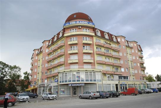 """Wohngebäuden - Lamellen """"Bijeljinska cesta"""" in Brcko"""