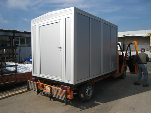 Beweglicher Container für Bedürfnisse der Baustelle